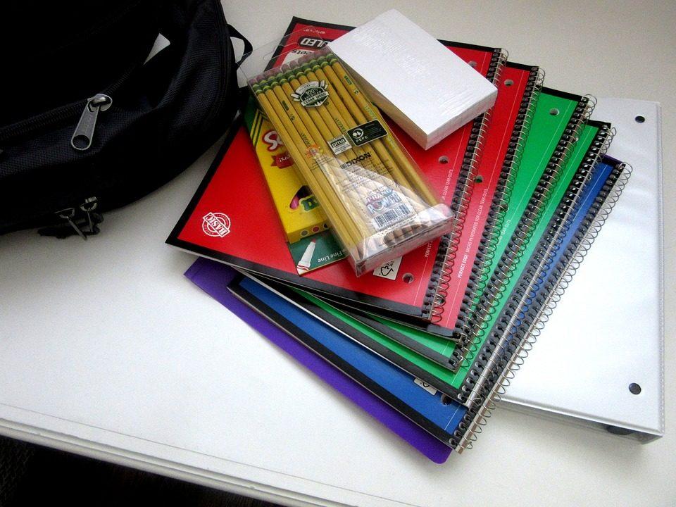 fournitures scolaires.jpg